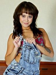 :: Teamskeet.com largess Mia Austin relating to Redbone's First Time ::