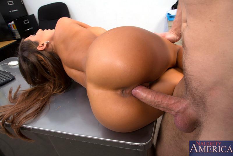 Erotic Tori Black Spank