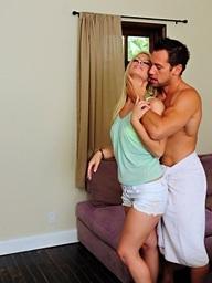 Tara Lynn Foxx is horny..