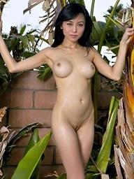 Busty Jennifer Lee..